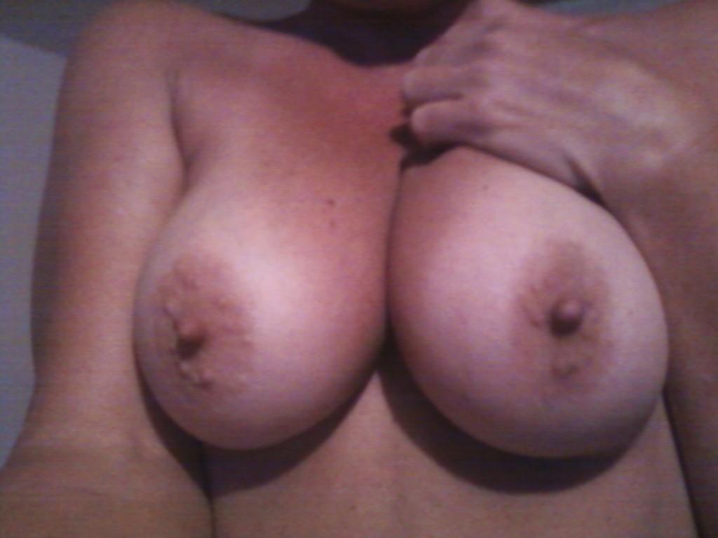 Normalstora bröst