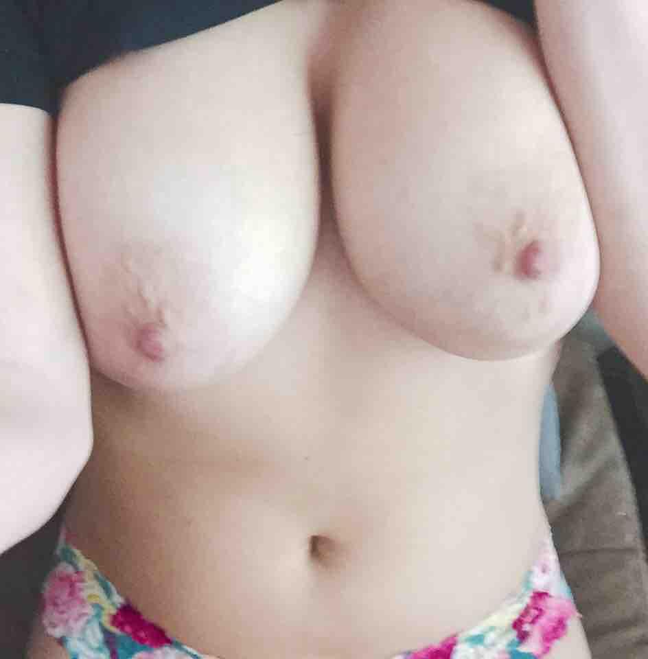 kreditkort ryska små bröst