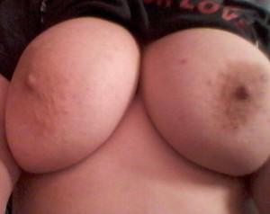 Mullig och stora bröst