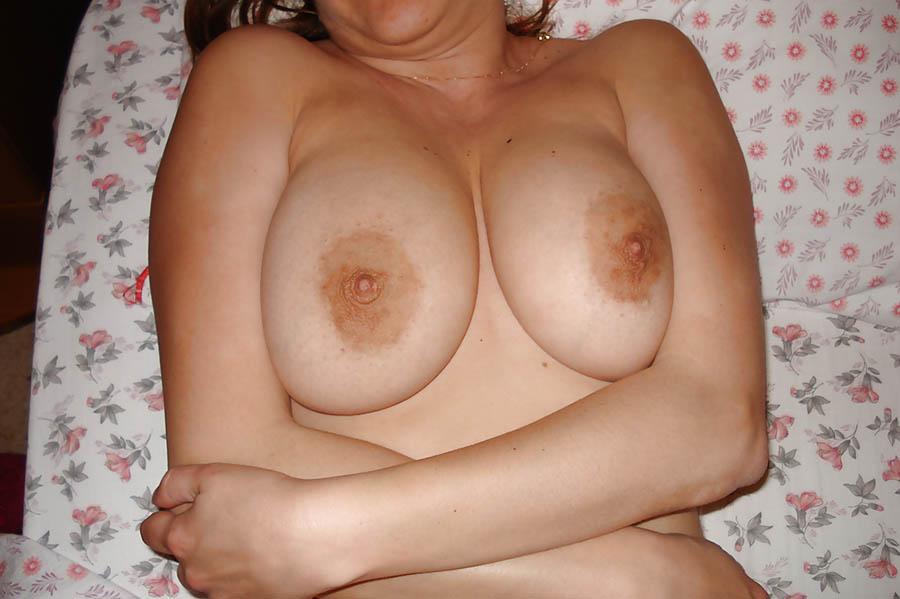 Är du en man som verkligen gillar att smeka bröst?